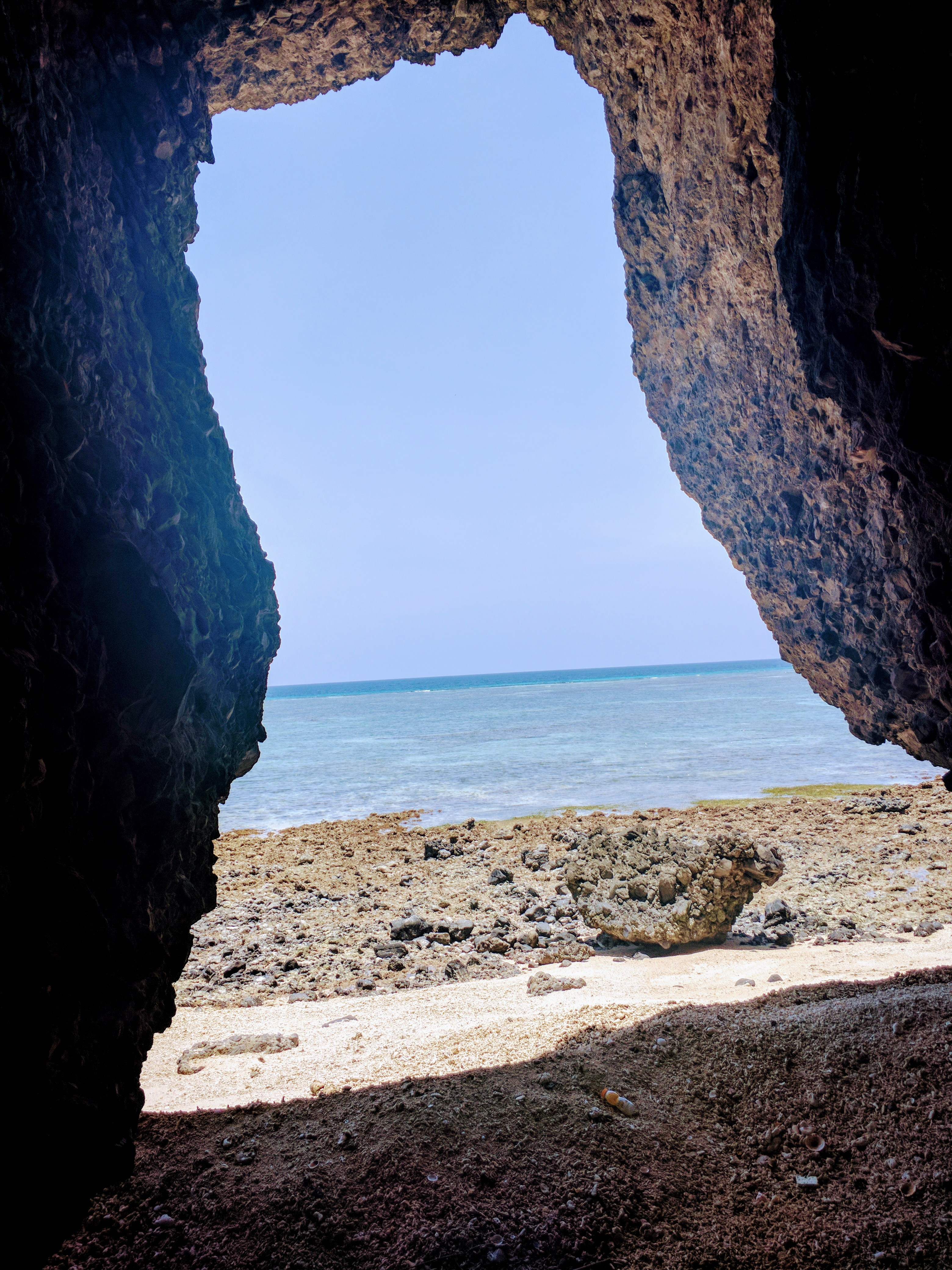The back side of the islands are full of sea caves....and bats😔