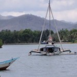 Up a local waterway we noticed this monstrosity...Indo esian boats...I just can't wrap my mind around them😀